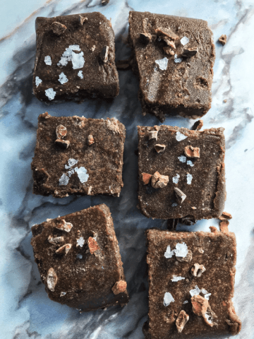 ALMOND CAROB CRISPY FUDGE