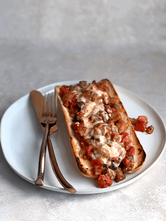 How to make Vegan Eggplant Cacciatore at www.thevgnway.conm
